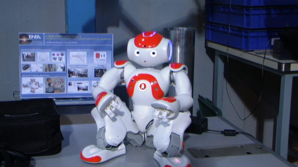 In questa foto si vede il Robot umanoide NAO